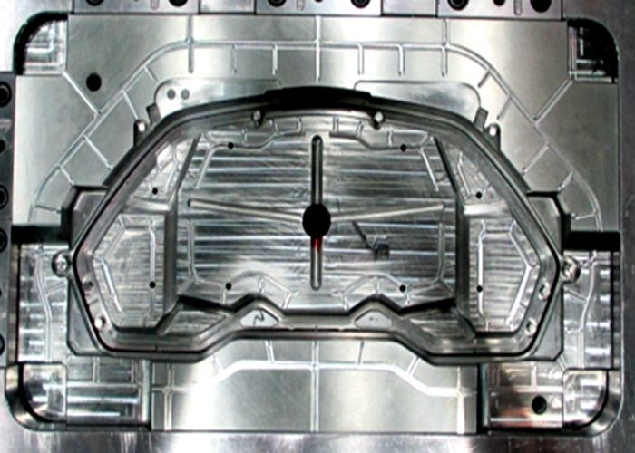 Plastic injection mold tooling for automotive cluster front cover