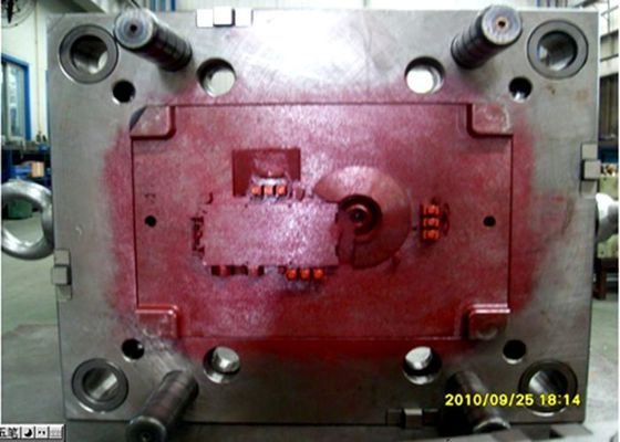 China Bayblend T85 plastic injection mold tooling for light box of vehicle dashboard distributor