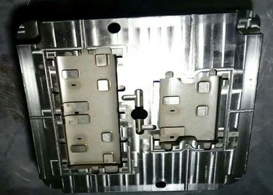 China PC injection mold components for Electrical socket parts , cosmetic and holes distributor